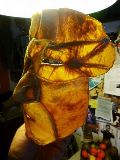 <strong>2011, ugruk skin mask, detail</strong>