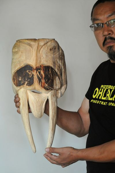 <strong>2016, Walrus dance mask</strong>
