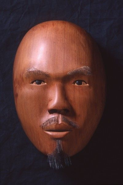 <strong>2000, self portrait red cedar, private collection (photo by Michael Jones)</strong>